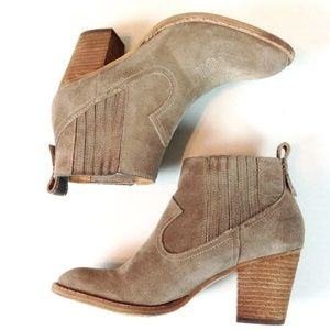 Dolce Vita Suede Ankle Boots 7 @
